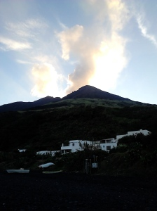 Estromoboli (volcán) 2015